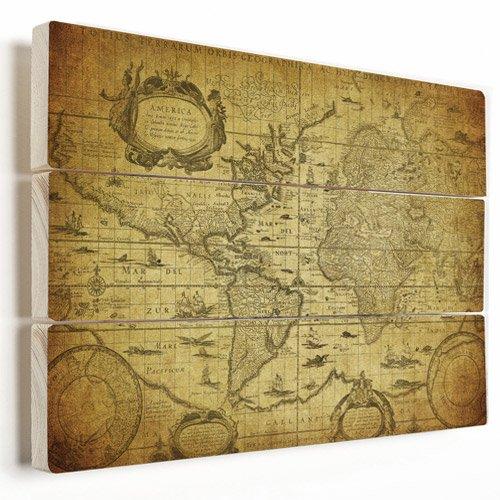 Weltkarte auf Holzplanken